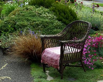 wiklinowy fotel