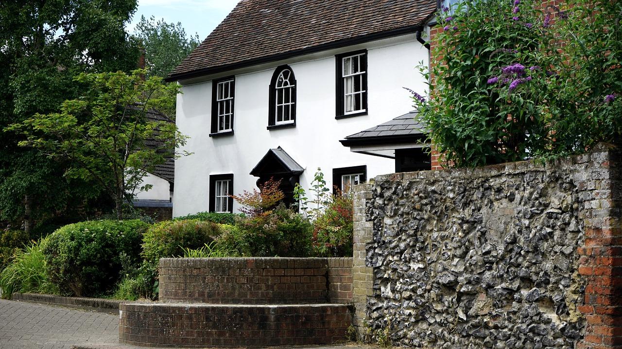 cottage-1522518_1280