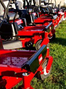 lawnmower-453714_960_720